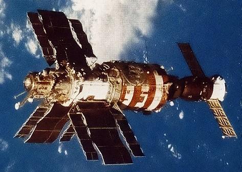 Salyut-7 from Soyuz 13