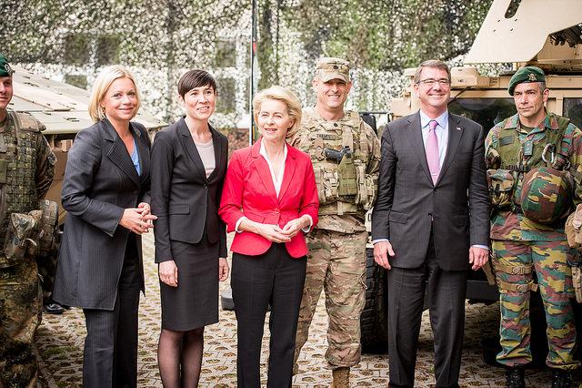 U.S. Secretary of Defence Ash Carter together with German Minister of Defense Dr. Ursula von der Leyen, Dutch Minister of Defense Jeanine Hennis-Plasschaert, Norwegian Minister of Defense Ine Eriksen Søreide, Mayer of Münster visited 1 (German/Netherlands) Corps in Münster on 22 June 2015.